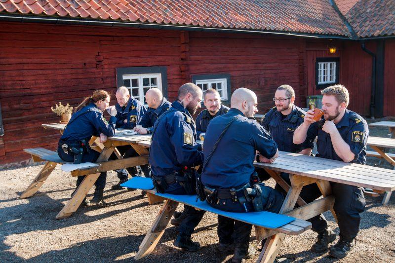 Favvofiket i Tyresta by, Haningepolisens stammisställe.
