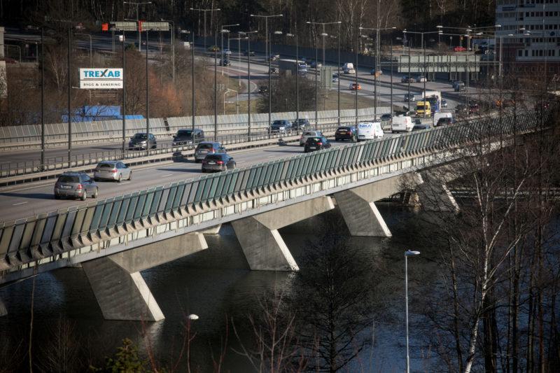 Vårbybron E4 Huddinge